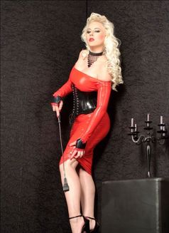 Mistress Jessica in Austria - dominatrix in Graz Photo 4 of 24