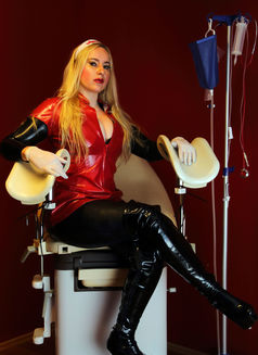 Mistress Jessica in Austria - dominatrix in Graz Photo 19 of 24