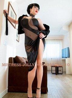 Mistress Jolly - dominatrix in Barcelona Photo 2 of 10