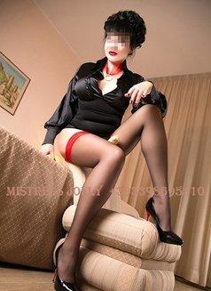 Mistress Jolly - dominatrix in Barcelona Photo 4 of 10