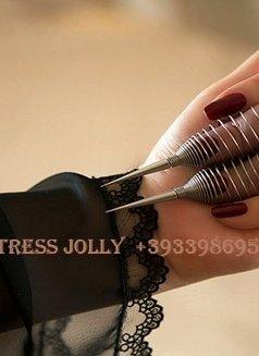 Mistress Jolly - dominatrix in Barcelona Photo 8 of 10