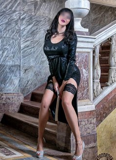 Mistress Jolly - dominatrix in Catania Photo 11 of 12