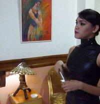 Mistress Linzi Online CUM session 24/7 - Transsexual dominatrix in Manila