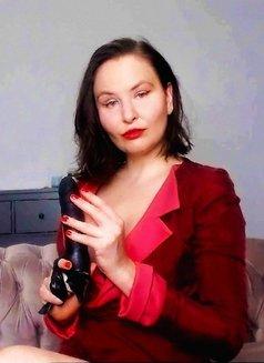 Mistress Marie - dominatrix in Warsaw Photo 17 of 22