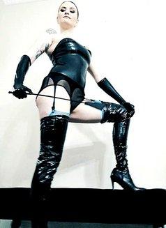 Mistress Marie - dominatrix in Warsaw Photo 2 of 22