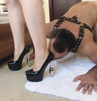 Mistress Nana In Town Now - dominatrix in Dubai