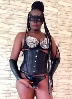 Mistress Nina - dominatrix in Nairobi Photo 2 of 25