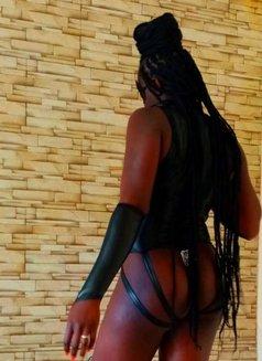 Mistress Nina - dominatrix in Nairobi Photo 6 of 25