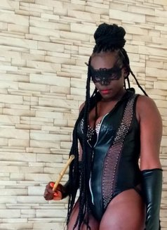 Mistress Nina - dominatrix in Nairobi Photo 10 of 25