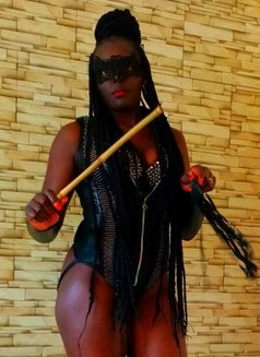 Mistress Nina - dominatrix in Nairobi Photo 15 of 25