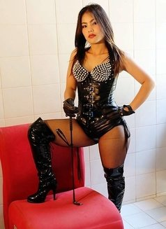 Mistress Pai Ling - dominatrix in Bangkok Photo 3 of 5