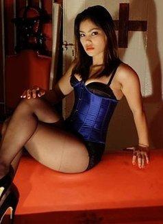 Mistress Pai Ling - dominatrix in Bangkok Photo 4 of 5