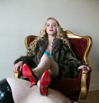 Mistress Sandra - dominatrix in Hong Kong