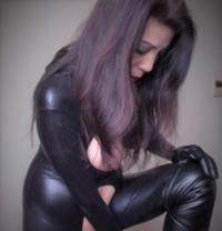 Mistress Rose - dominatrix in Shanghai