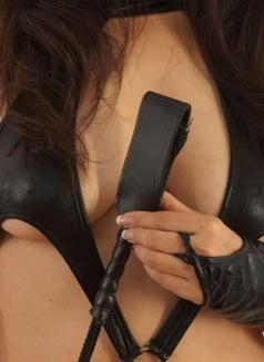 Mistress Shanghai & her female subs - dominatrix in Shanghai Photo 2 of 12