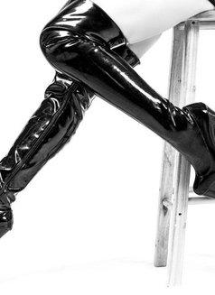 Mistress Shanghai & her female subs - dominatrix in Shanghai Photo 9 of 12