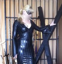 Mistress Shira - dominatrix in Beirut