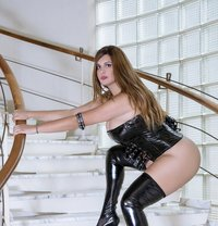 Mistresse French - dominatrix in Lille