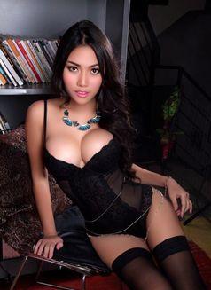 Model Cherry - escort in Bangkok Photo 6 of 9