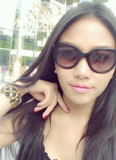 Model Cherry - escort in Bangkok Photo 7 of 9