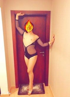 Momika - Transsexual escort in Al Manama Photo 4 of 5