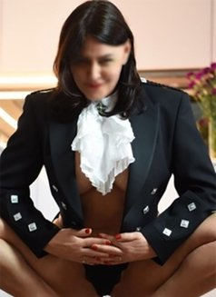 Monika soft & kink masseur - escort in London Photo 7 of 8