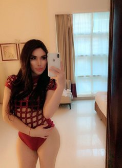 MONIKA WITH POPERS - Transsexual escort in Abu Dhabi Photo 2 of 10