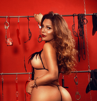 MONIKE BRAZILIAN TS. in ITALY / BRESCIA - Transsexual escort in Milan