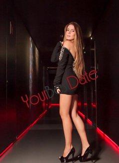 Monique - escort in Madrid Photo 5 of 6