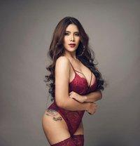 MOST BEAUTIFUL SHEMALE! TREMENDOUS PARIS - Transsexual dominatrix in Manila