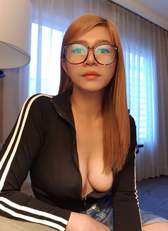 Munriga - Transsexual escort in Bangkok Photo 12 of 16