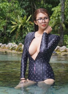 Munriga - Transsexual escort in Bangkok Photo 2 of 16