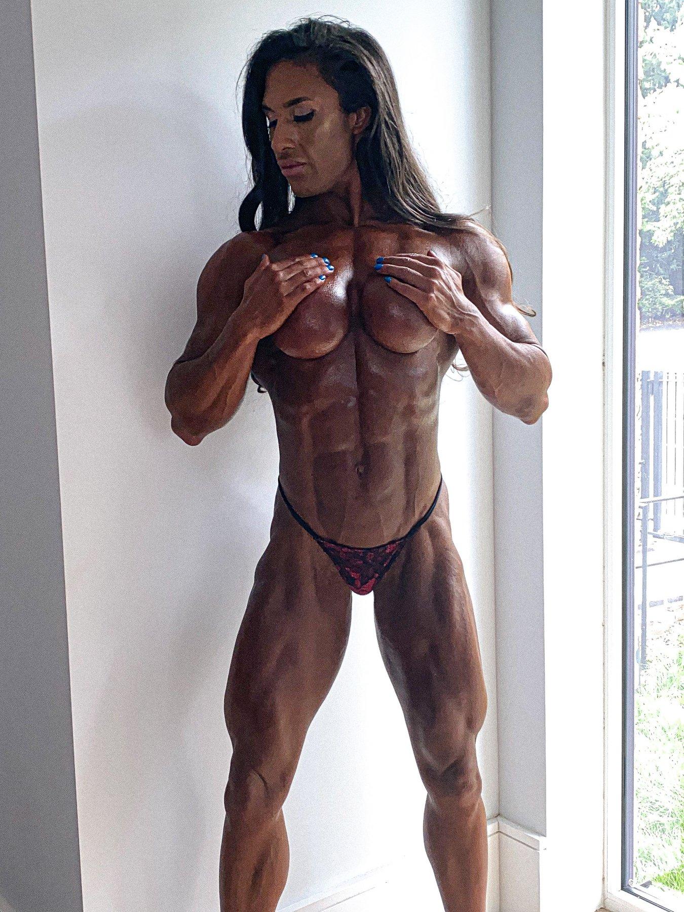 Muscle Girl Escort