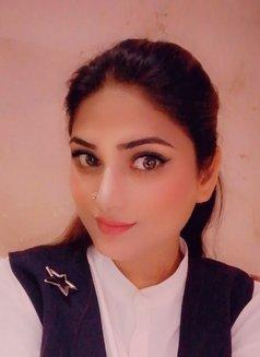 Muskan Indian Girl - escort in Abu Dhabi Photo 4 of 4