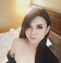 I need slave now!BiGCOCK Kinky Ladyboy - Transsexual escort in Dubai Photo 14 of 24