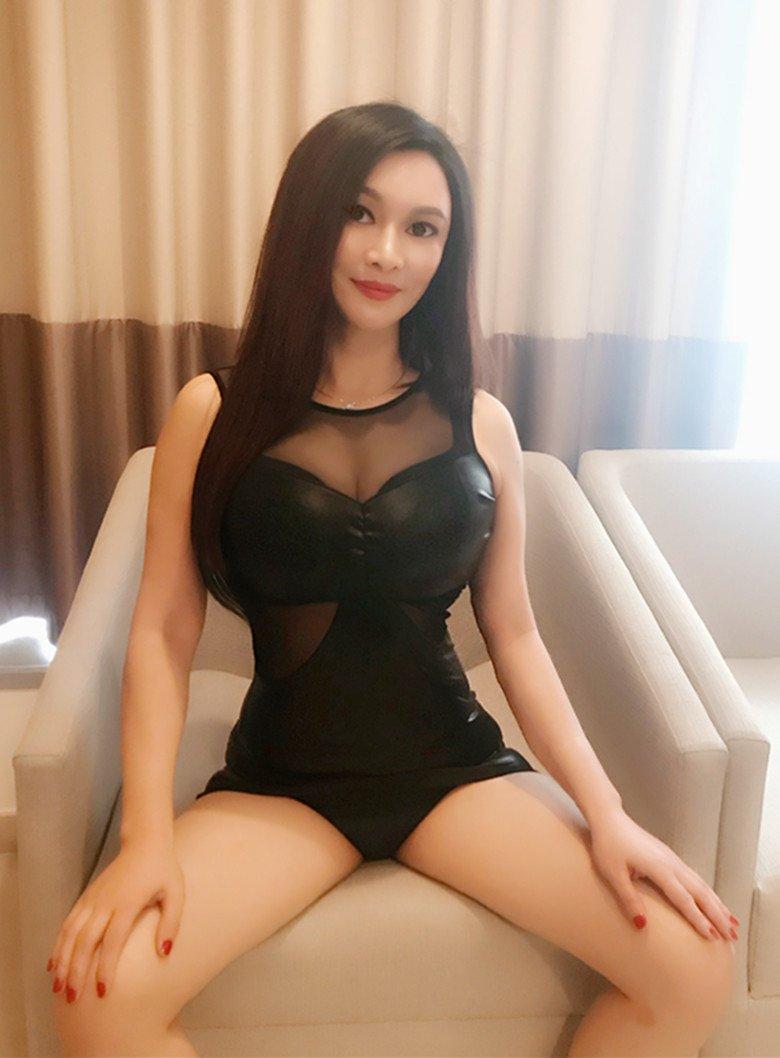 nuru massage girls blind date