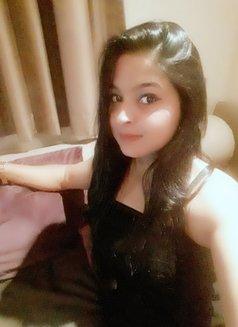 Naina Busty Girl - escort in Abu Dhabi Photo 5 of 5