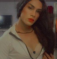 Naira Shaikh - Transsexual escort in Mumbai