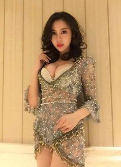 Nancy - escort in Shenzhen Photo 1 of 3