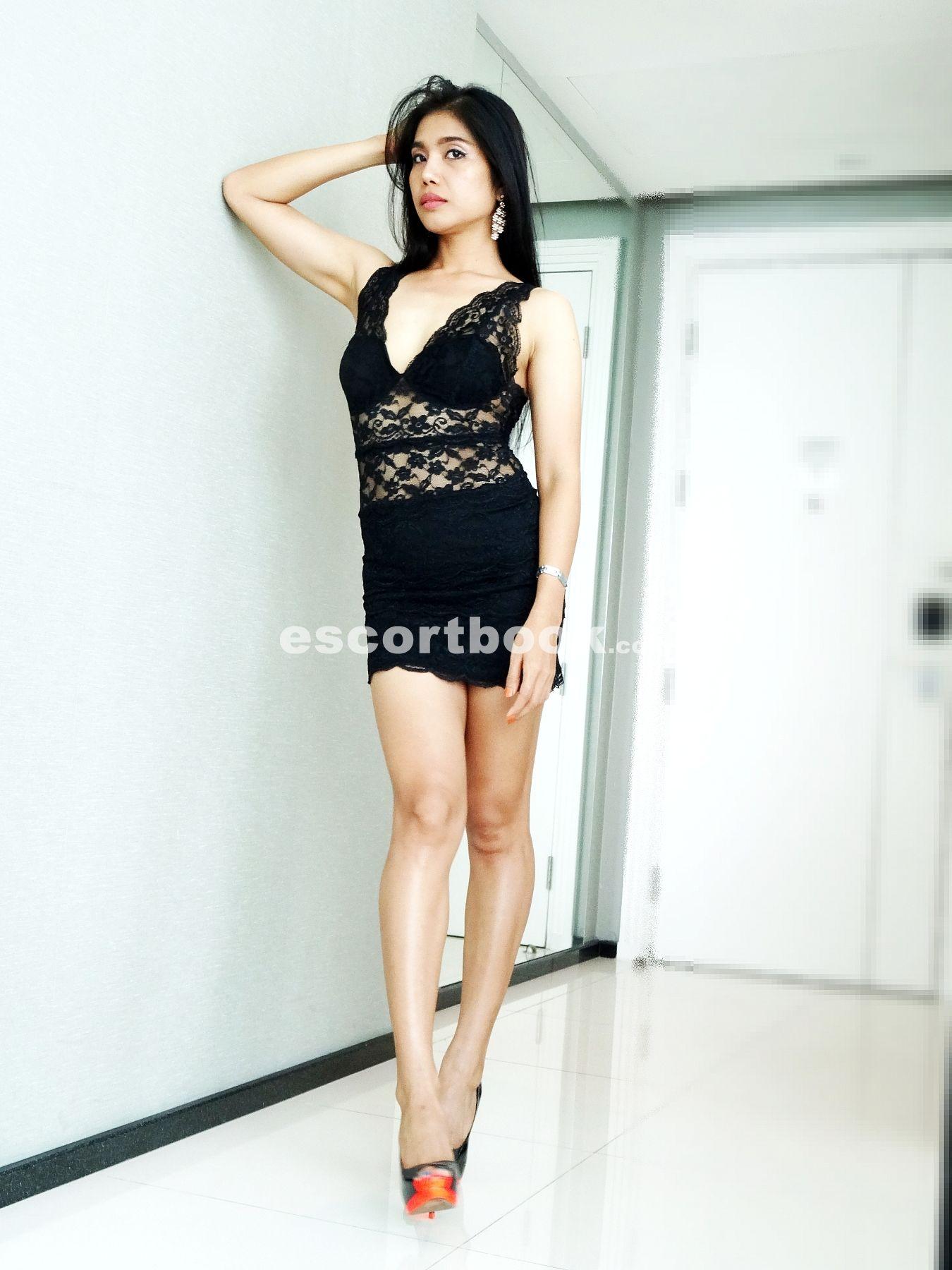 online escort service naughty thai massage