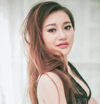 New Gorgeous Hot Sexy Sara Escorts Ma - escort in Abu Dhabi Photo 1 of 7