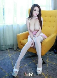New Sexy Girl Vicky - escort in Dubai Photo 2 of 6