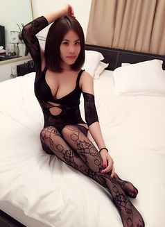 New Sexy Hot Girl Evelyn - escort in Dubai Photo 2 of 7