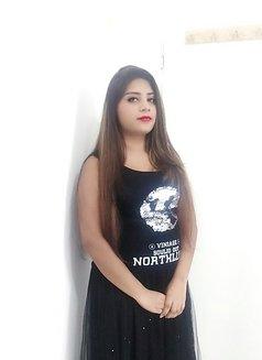 New Sonia Singh - escort in Dubai Photo 1 of 6
