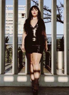 New York Goddess Simone Siren - dominatrix in Kuala Lumpur Photo 4 of 18
