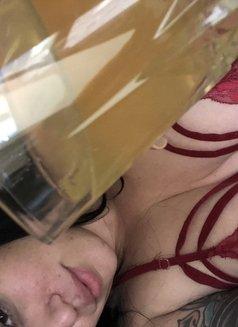 New York Goddess Simone Siren - dominatrix in Kuala Lumpur Photo 9 of 18