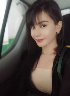 NEWEST HOTTEST SHEMALE - Transsexual escort in Manila Photo 9 of 9