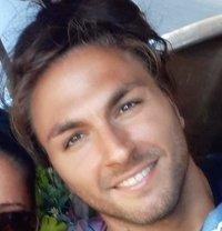 Nicolas 21 - Male escort in Rome