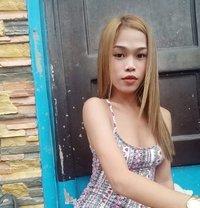 Nicole - Transsexual escort in Manila
