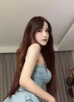 Nicole - Transsexual escort in Shenzhen Photo 6 of 7